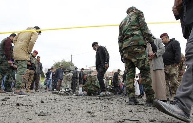 العراق: قتلى وجرحى بتفجير انتحاري في الأنبار
