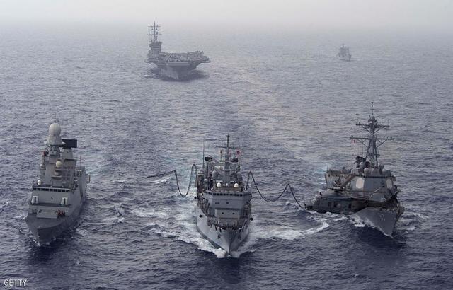 البحرية الإيرانية تتهم نظيرتها الأمريكية بتكرار تحركاتها الاستفزازية