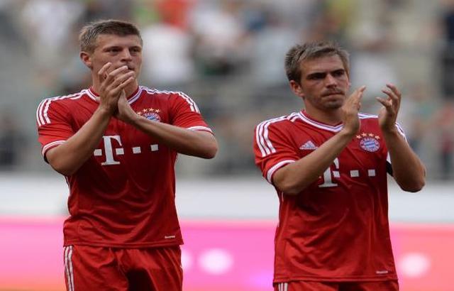 وكيل أعمال كروس مستاء من اختيار لام أفضل لاعبٍ ألماني