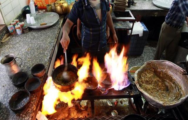 مطاعم من دون رقابة في صنعاء