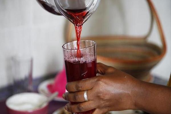 19 طعاماً وشراباً تقهر العطش والجفاف في الصيف