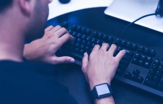 التجسس يلاحق مستخدمي الأجهزة الذكية
