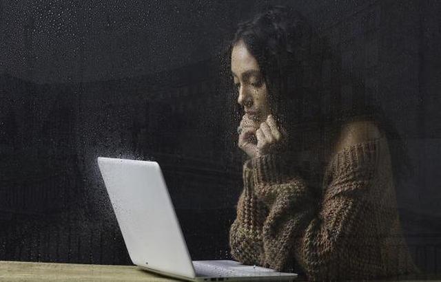 غوغل تطلق ميزة جديدة لمساعدة الأشخاص الذين يعانون الاكتئاب