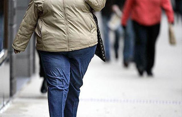 دراسة أمريكية: الدهون المتراكمة في الجسم تغذي الأورام السرطانية