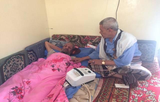 حسين حازب يوضح ملابسات زيارة مسقط رأسه في مأرب