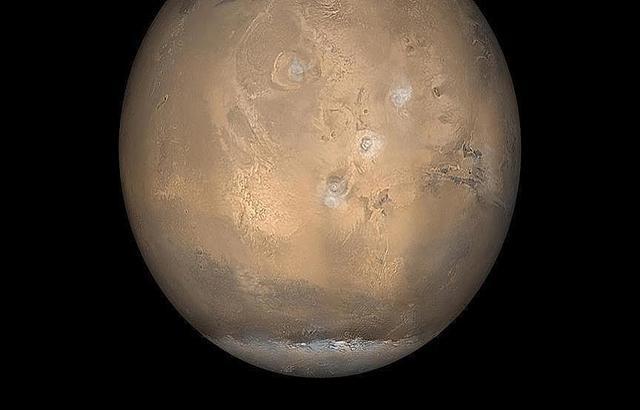 دراسة دولية: مناعة الإنسان قد تمنعه من العيش على المريخ