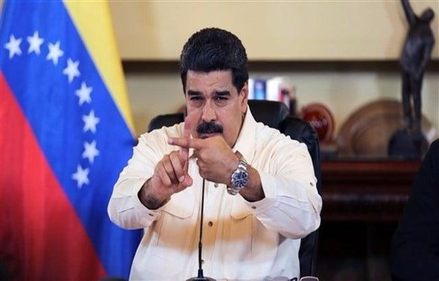بالفيديو.. نجاة رئيس فنزويلا من محاولة اغتيال بطائرة مسيرة