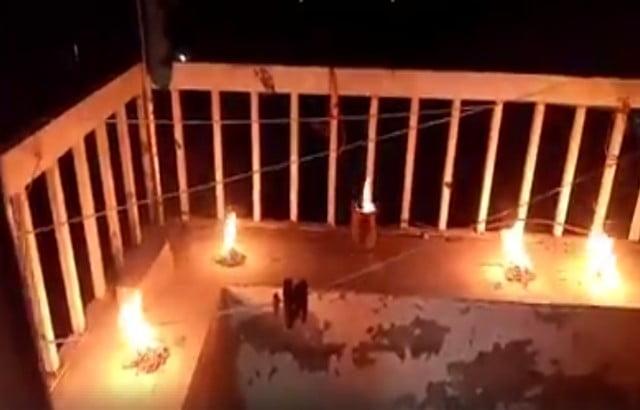 بالفيديو.. إيقاد شعلة ثورة 26 سبتمبر في أسطح منازل مع النشيد الوطني