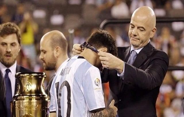 رئيس فيفا: اعتزال ميسي قبل الفوز بالمونديال أمر ظالم