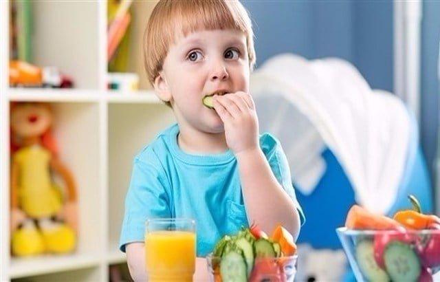 كيف تحمي طفلك من البدانة؟