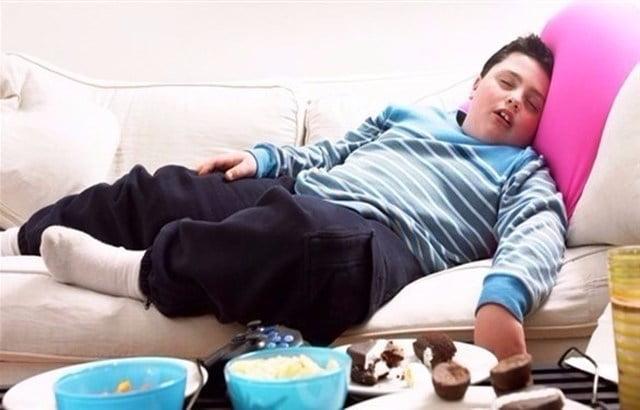أطباء ألمان: البدانة لدى الأطفال تستلزم العلاج المبكر