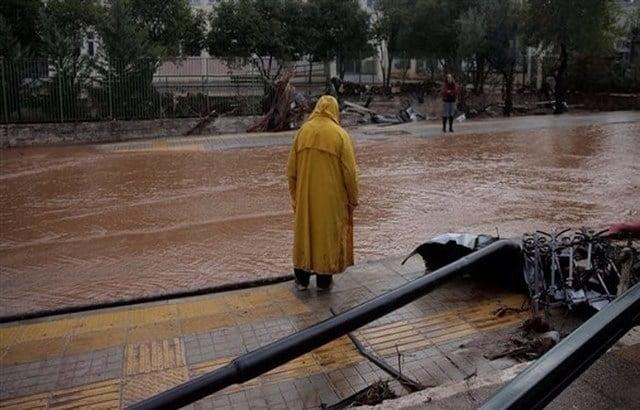 اليونان: مصرع 15 شخصاً بسبب الفيضانات