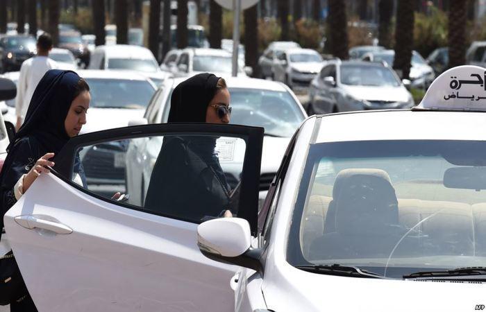 السعودية تسمح للمرأة بمزاولة التجارة دون إذن ولي الأمر