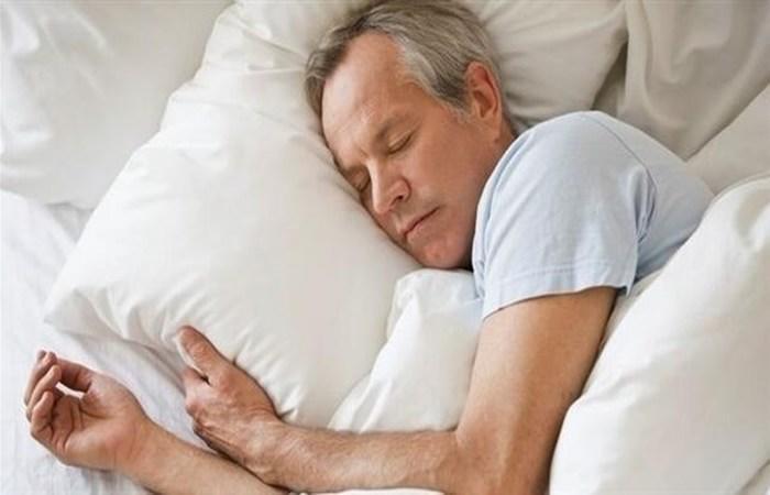 دراسة: التقاعد مرتبط بفترات نوم أطول وأعمق
