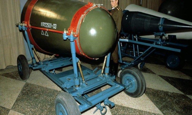 تعرف على دول العالم التي تمتلك قنابل نووية