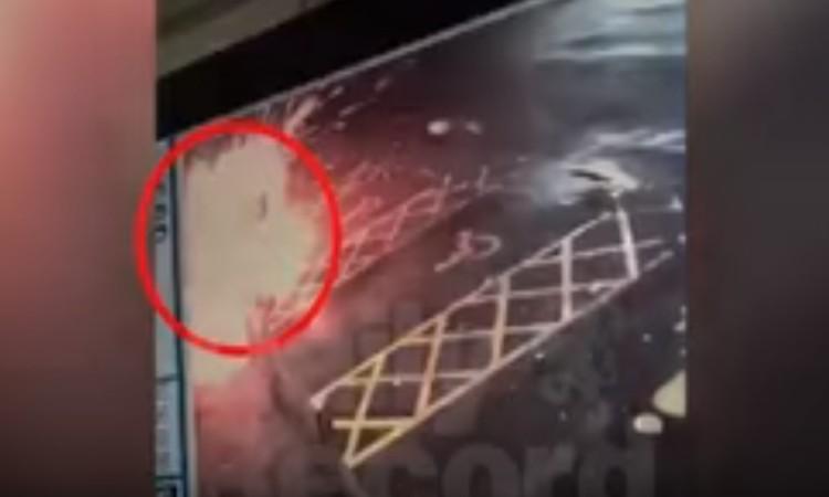 شاهد فيديو.. لحظة انفجار لص أثناء محاولته سرقة صراف آلي
