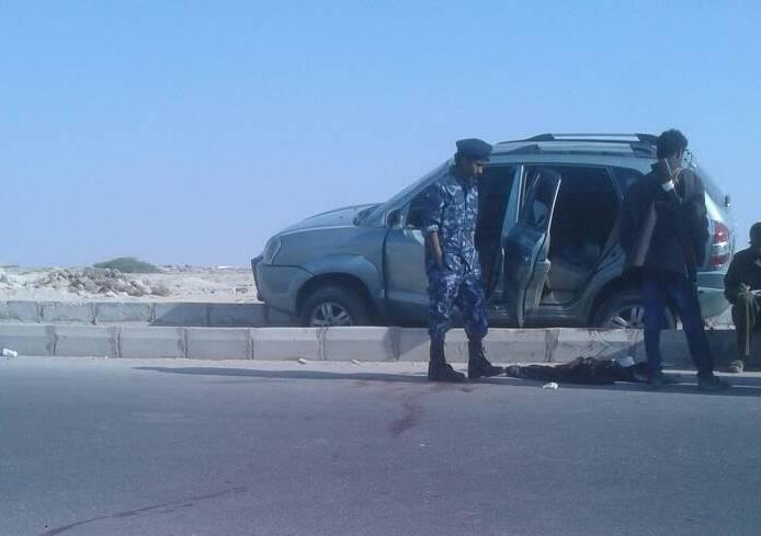 محافظ المهرة يؤكد ضبط قاتل مواطن عُماني ويكافئ الشرطة