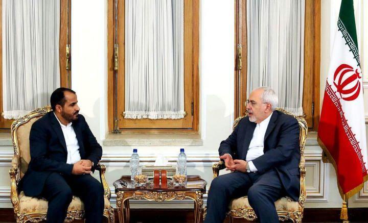 وزير الخارجية الإيراني يلتقي المتحدث باسم الحوثيين ويدعو لوقف الحرب