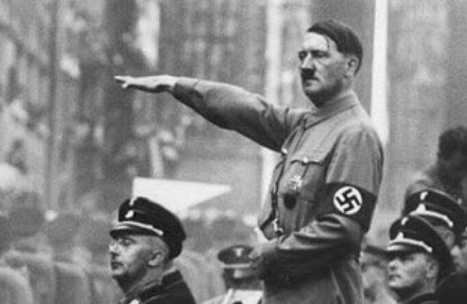 مجلة: هتلر خطط لإحراق أمريكا بهذا السلاح الفضائي
