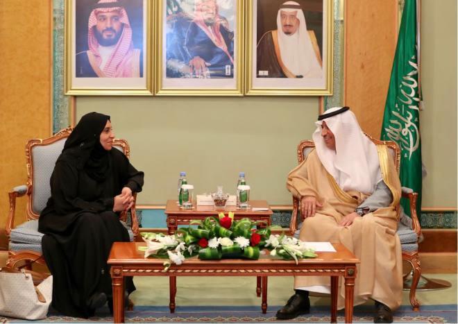 لجنة متابعة أوضاع المغتربين اليمنيين تجتمع.. ولقاء بوزير العمل السعودي