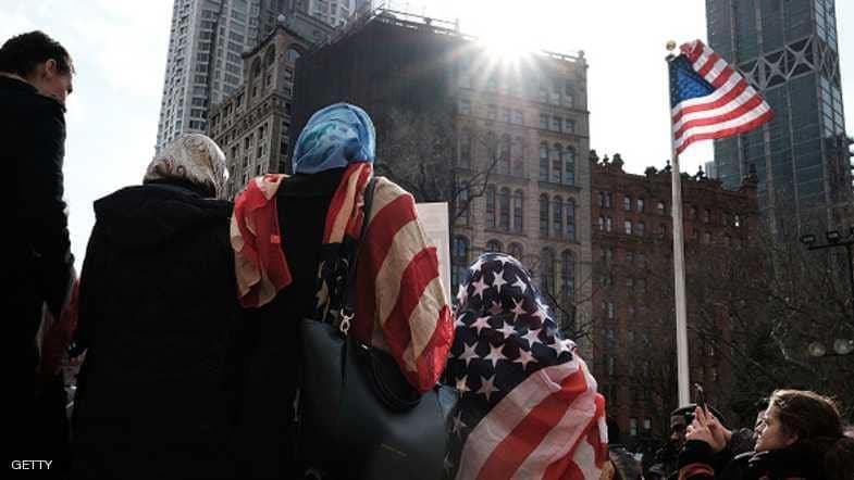 نيويورك تدفع 180 ألف دولار لـ3 نساء أجبرن على خلع الحجاب