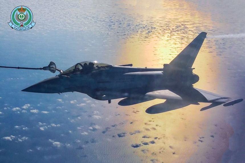 السعودية وبريطانيا توقعان مذكرة لشراء لشراء 48 مقاتلة تايفون.. فيديو