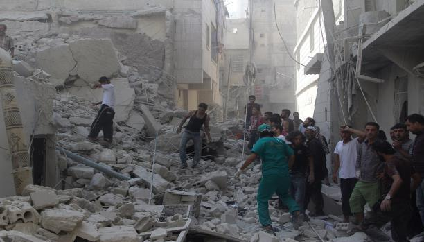 أكثر من 100 قتيل في دوما السورية منذ الجمعة: تضارب حول الكيماوي ودعوة أمريكية لروسيا