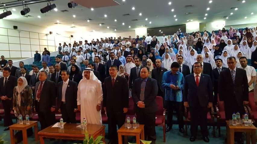 اليمن يشارك في المهرجان الدولي الرابع للغة العربية بجامعة مالايا الماليزية.. صور