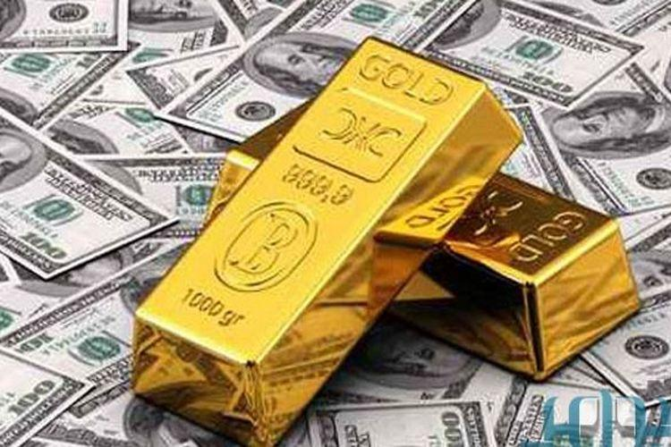 أسعار الذهب تنزل بفعل ارتفاع الدولار
