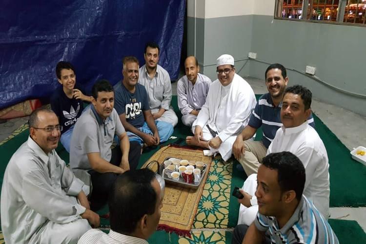 اليمنيون في ماليزيا: إفطارات جماعية وأنشطة رمضانية اتساقاً مع العادات