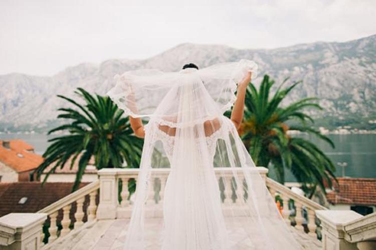 تعرف على أغرب عادات حفلات الزفاف في العالم.. ضرب وخطف