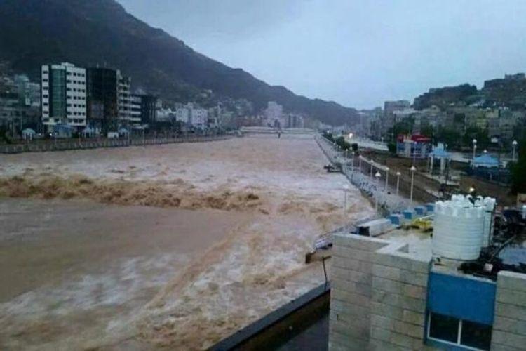 إعصار، أمطار، سيول في حضرموت