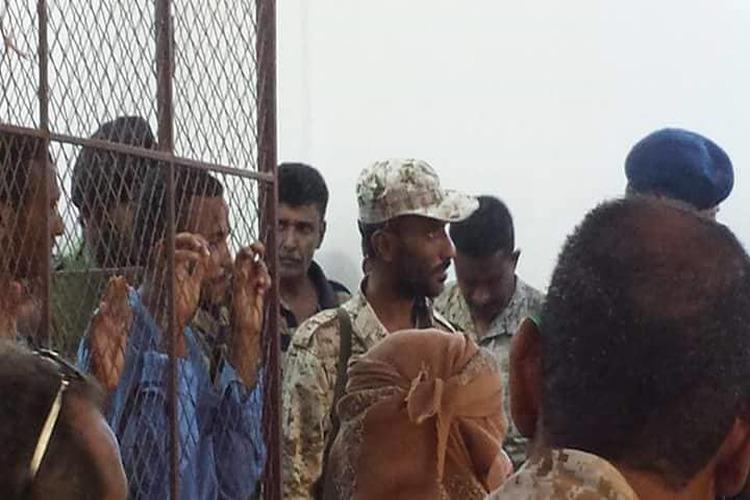 عدن: الإعدام تعزيراً لثلاثة متهمين في قضية طفل البساتين