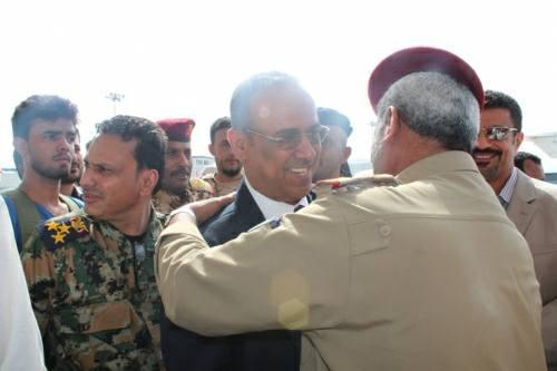 وزير الداخلية الميسري يغادر عدن إلى الإمارات