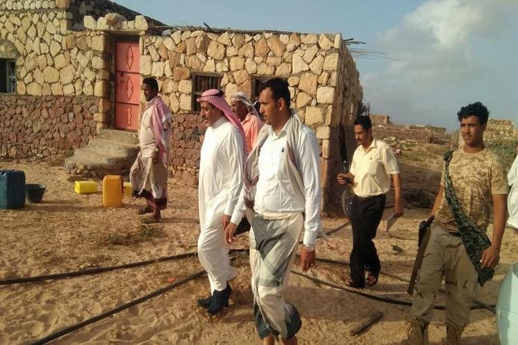 محافظ سقطرى يتفقد أضرار إعصار مكونو بمديرية نوجد ويرحب بالإغاثة الأممية