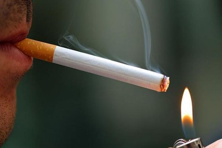 تقرير: 7 ملايين شخص يموتون سنوياً بسبب التدخين وسط تراجع باستخدام التبغ