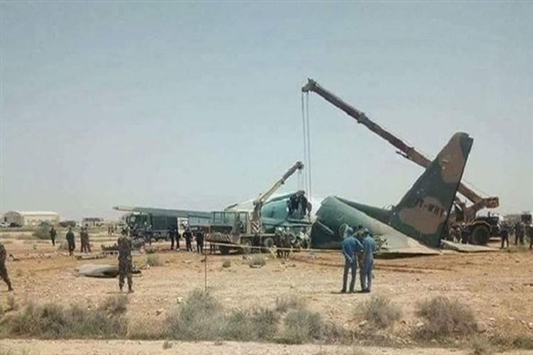 الجزائر: إصابة 8 أشخاص في انحراف طائرة عسكرية.. فيديو
