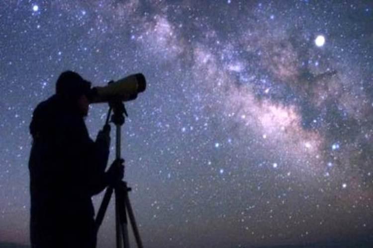 فلكي يمني: الخميس 21 يونيو أطول نهار في السنة.. والقطب بلا ليل