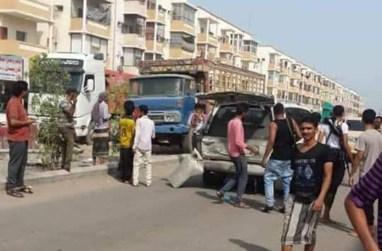 محافظ تعز أمين محمود ينجو من محاولة اغتيال في عدن