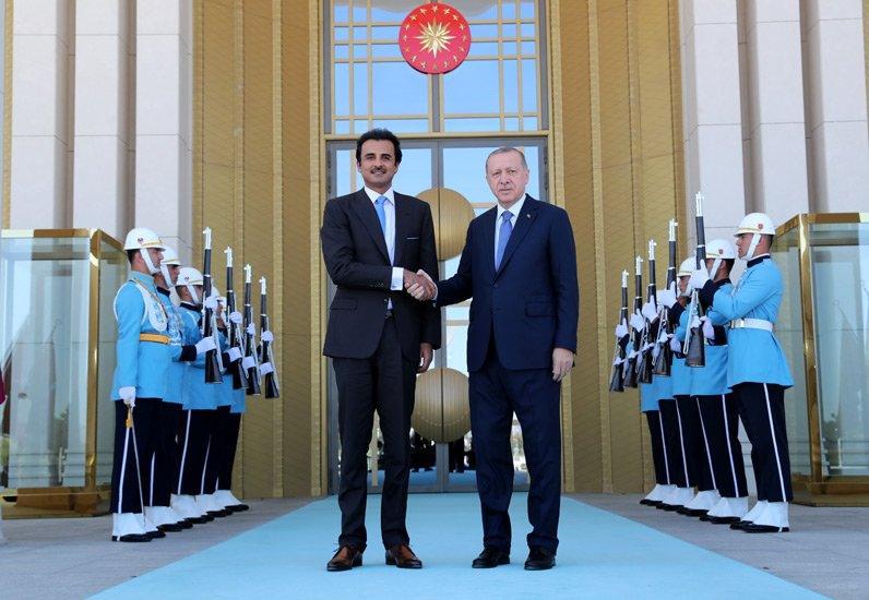 أمير قطر يعلن عزم بلاده استثمار 15 مليار دولار في تركيا