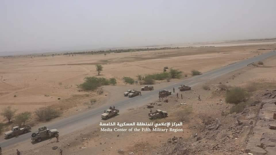 قوات الشرعية تعلن الوصول إلى مركز مديرية حيران في حجة