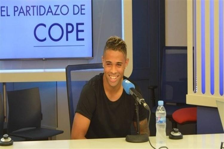 تفاصيل اختيار نجم ريال مدريد ماريانو دياز لقميص رقم 7