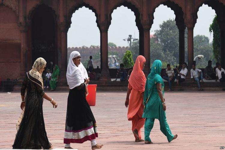 الحكومة الهندية تقر مرسوماً يمنع الطلاق بالثلاث بين المسلمين