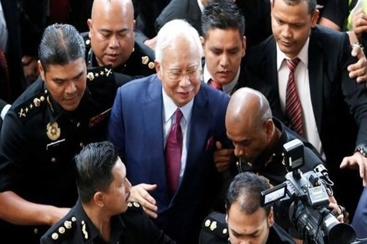 ماليزيا: اعتقال رئيس الوزراء السابق نجيب عبد الرزاق