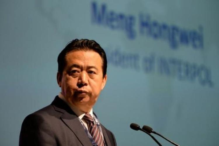الصين: رئيس الإنتربول يخضع للتحقيق للاشتباه بانتهاكه القانون