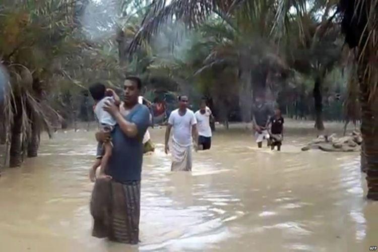 """الأرصاد يحذر المواطنين في أرخبيل سقطرى من سيول الأمطار جراء عاصفة """"لبان"""""""