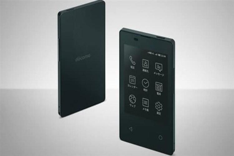 هاتف ذكي جديد بحجم بطاقة الائتمان