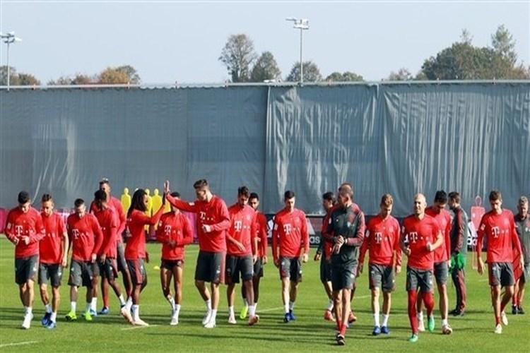 إدارة بايرن ميونخ تؤكد وحدة النادي في مواجهة الأزمة الحالية