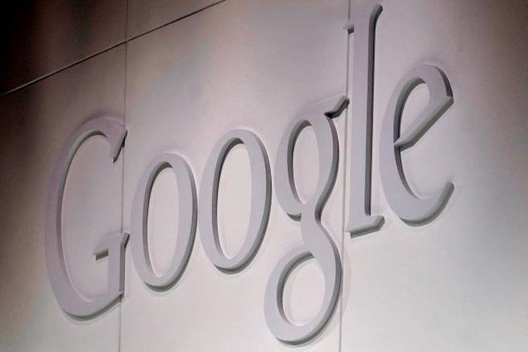 تطبيق أخبار غوغل يستنزف باقة الإنترنت بشكل سري