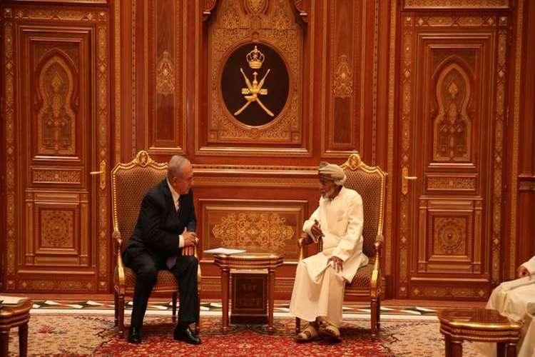 رئيس وزراء إسرائيل يزور عُمان ويلتقي بالسلطان قابوس.. فيديو